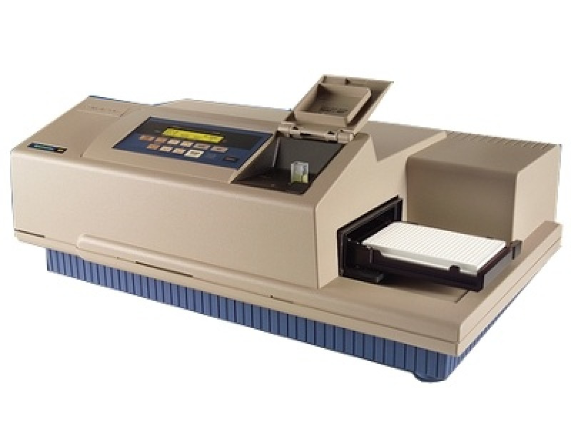 SpectraMax M5e HTRF Certified microplate/cuvette reader